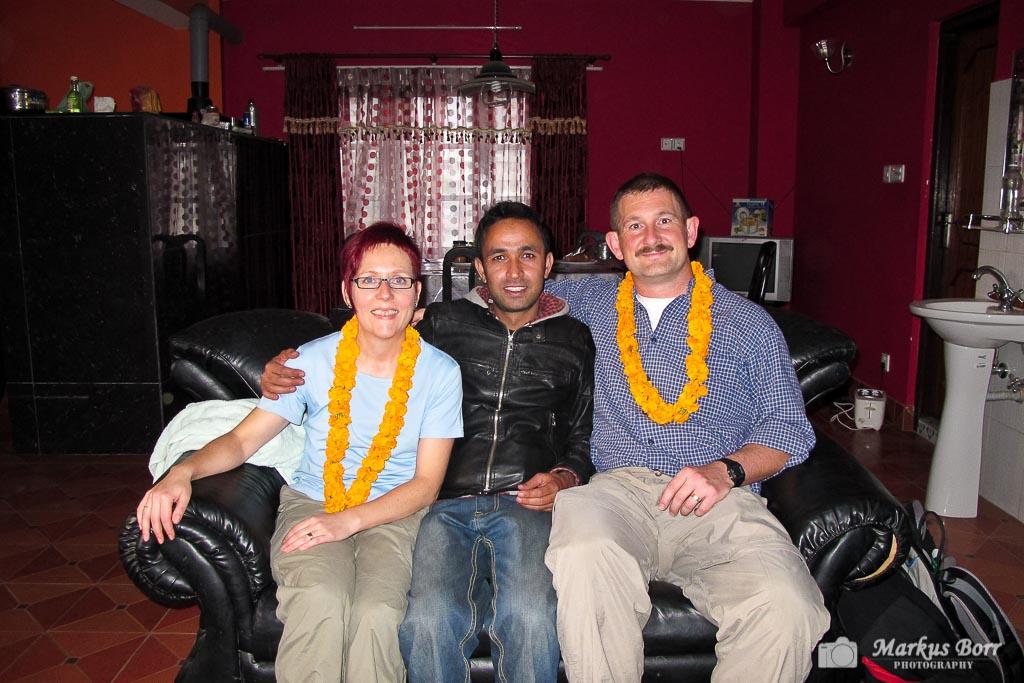 Wir mit unserem Freund Dinesh