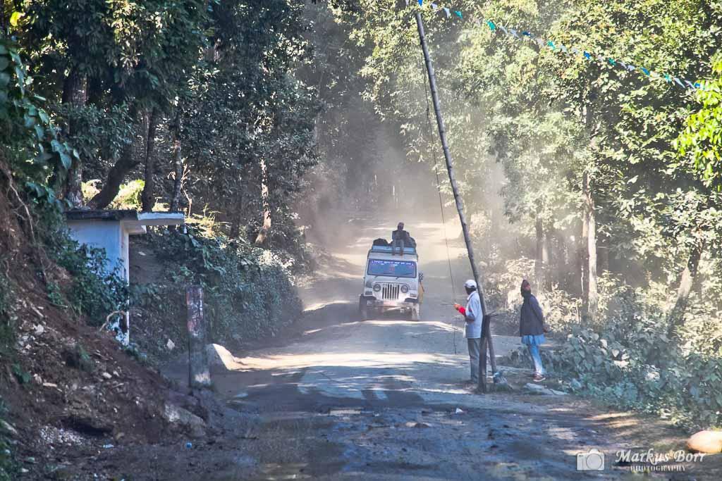 Mit dem Jeep nach Arkhet Bazar