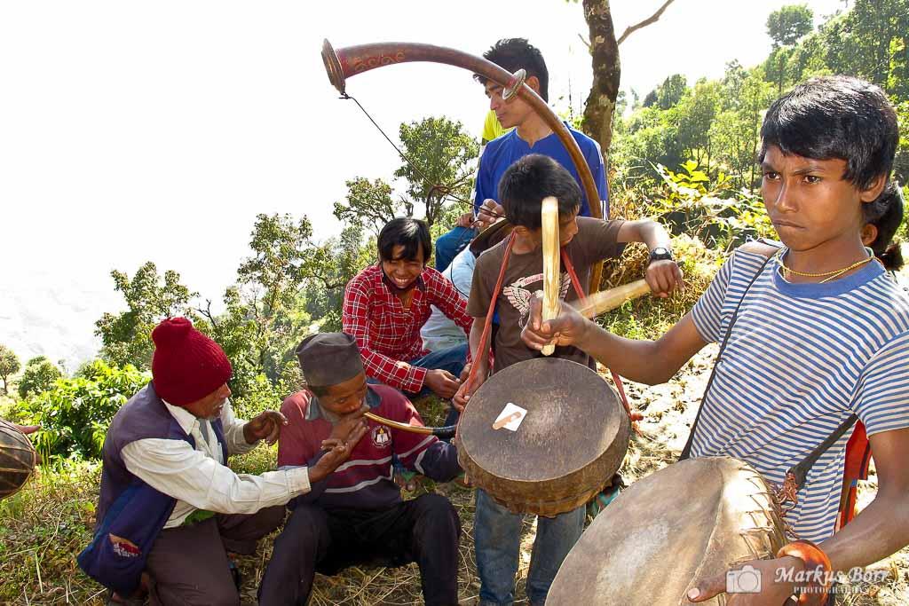 Empfang der Menschen von Swaragaun