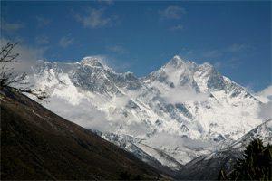 Blick von Tengboche auf Lhotse und Everest