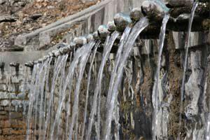 Wasserspeier in der Tempelanlage in Muktinath