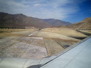 Startbahn Flughafen in Leh