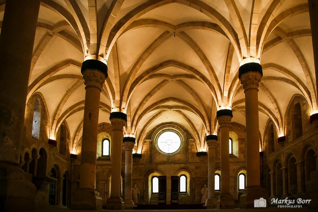 Gewölbe in der Klosteranlage von Alcobaca